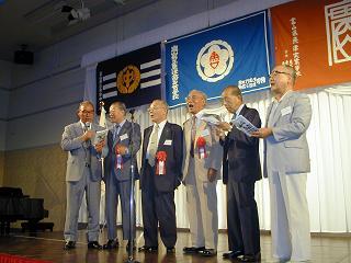 旧制魚津中学校の校歌斉唱